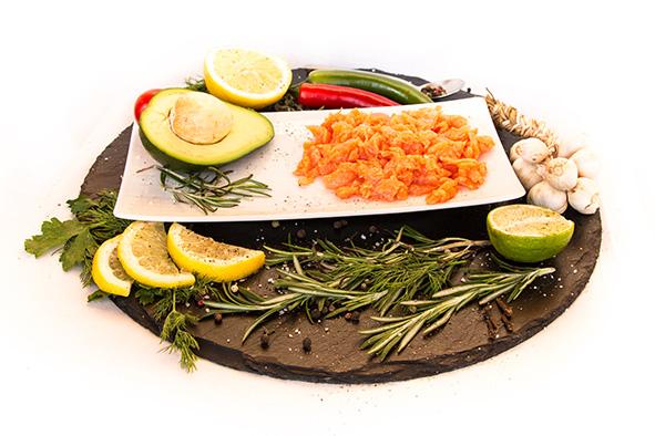 Закуска «Элитная» соленая из семги/форели
